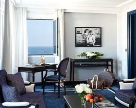 Decoración inspirada en el cine en una suite del Hotel MajesticBarrière en Cannes